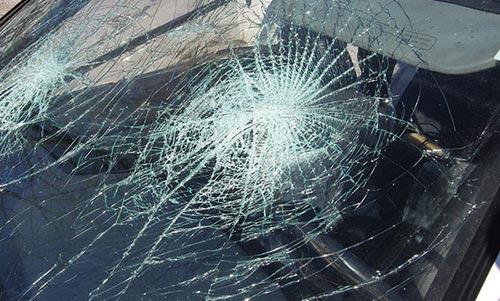 Возачи заобиколувајте го патот Удово   Гевгелија  кај Марвинска има сообраќајна незгода и е во прекин