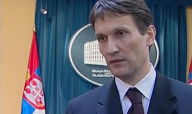 Српски Курир направи екс министер бездомник   Тој ги демантира
