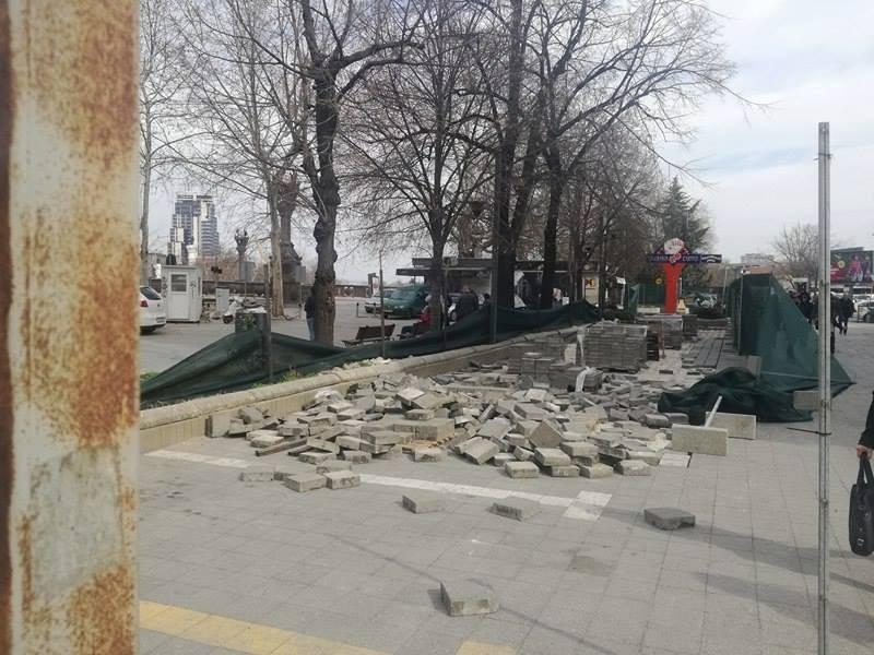 Жерновски ја запре изградбата на улица на кеј  од Град Скопје прашуваат каде тој е градоначалник