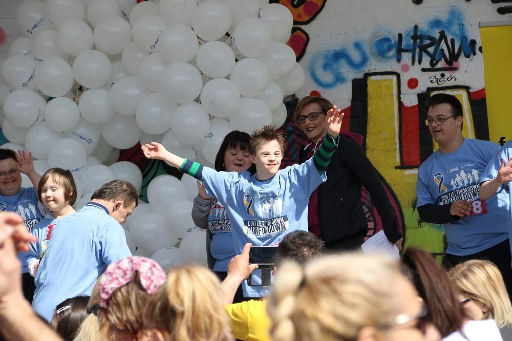 ФОТОГАЛЕРИЈА  Хуманитарна трка за деца со Даунов синдром