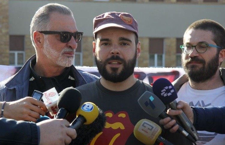 За заедничка Македонија  инсистираат Хан да ги слушне  велат не смее да се игнорира народот