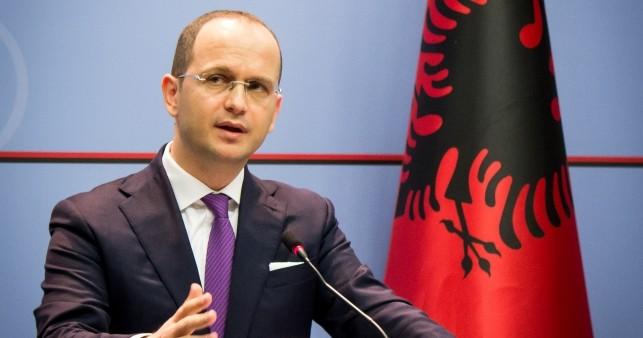 Бушати  Договорот со Груевски беше одбиен  ама не поради Албанија