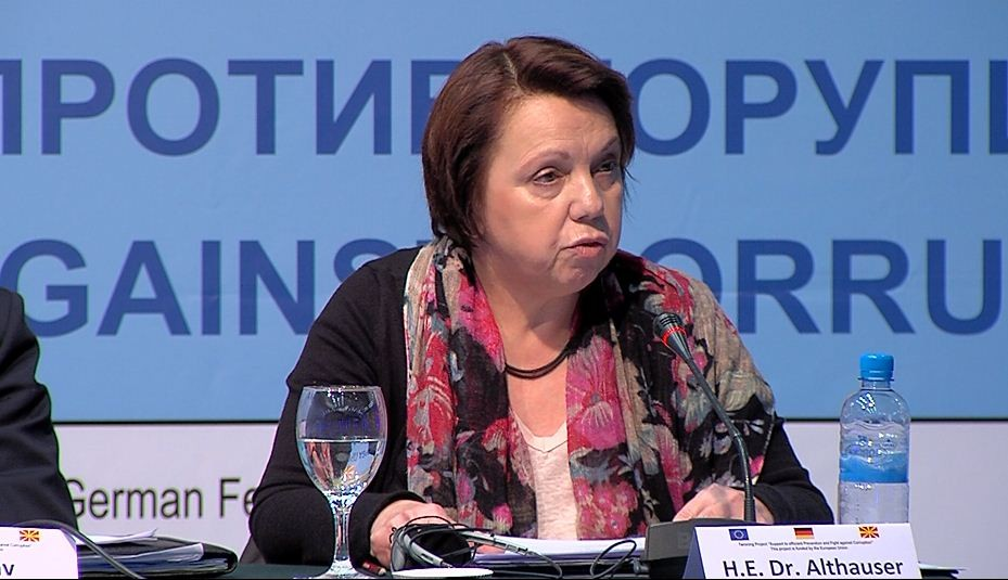 Амбасадорката Алтхаузер побара избор на Спикер па нова влада