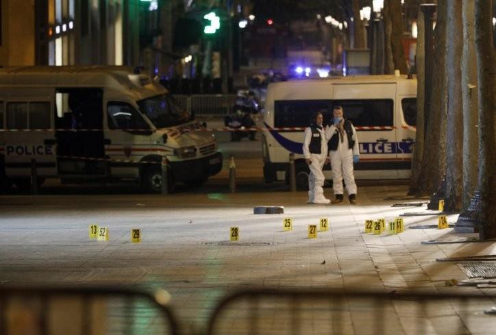 ФОТО ВИДЕО  Ова е прва снимка од нападот во Париз