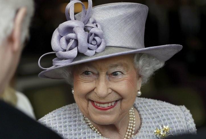 КРАЛИЦАТА ЕЛИЗАБЕТА СЛАВИ РОДЕНДЕН  Најдолговечната британска владетелка полни 91 година