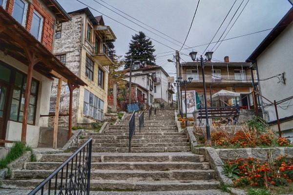 Лазарополе  Маврово и Крушево утрово со најниски температури