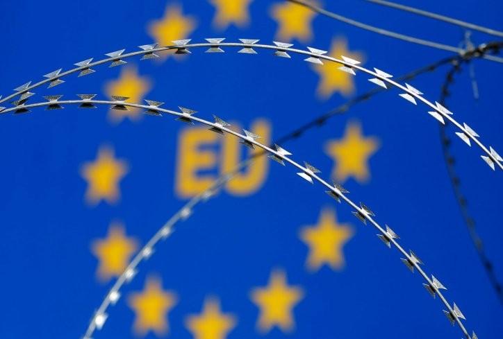 ЕУ санкционира високи Сиријци поради нападите со хемиско оружје