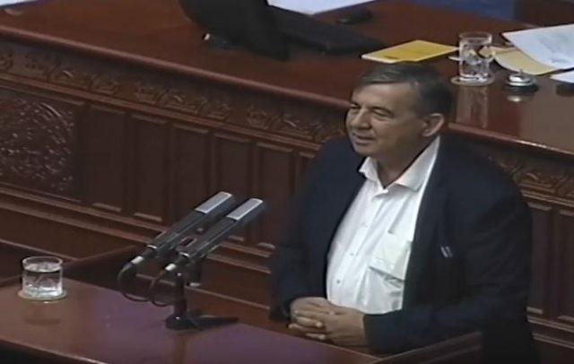Панчо Минов за Законот за јазици  Не прифаќам такво нешто и јас пратеник слушалка не бивам