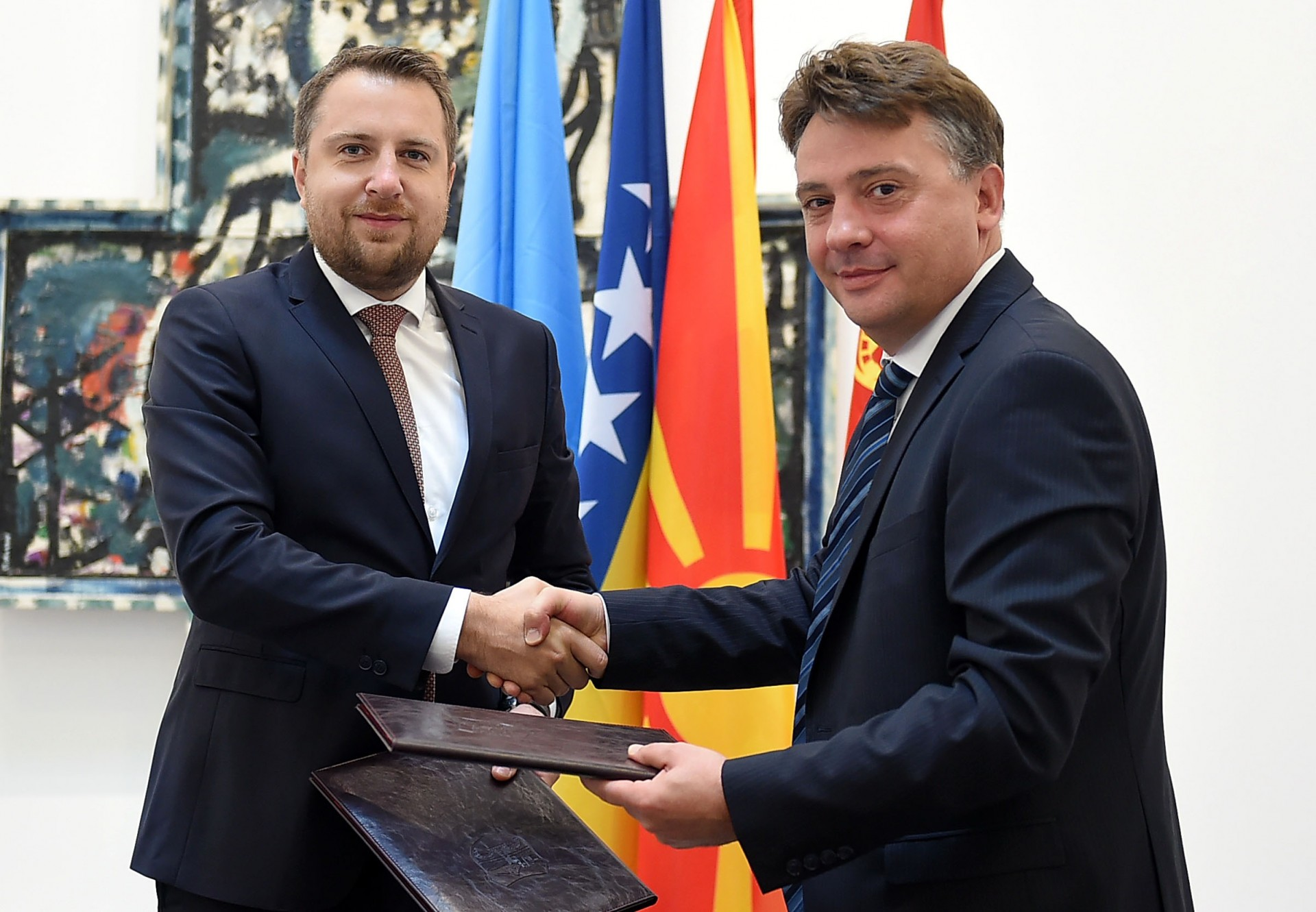 Скопје се збратими со Сараево