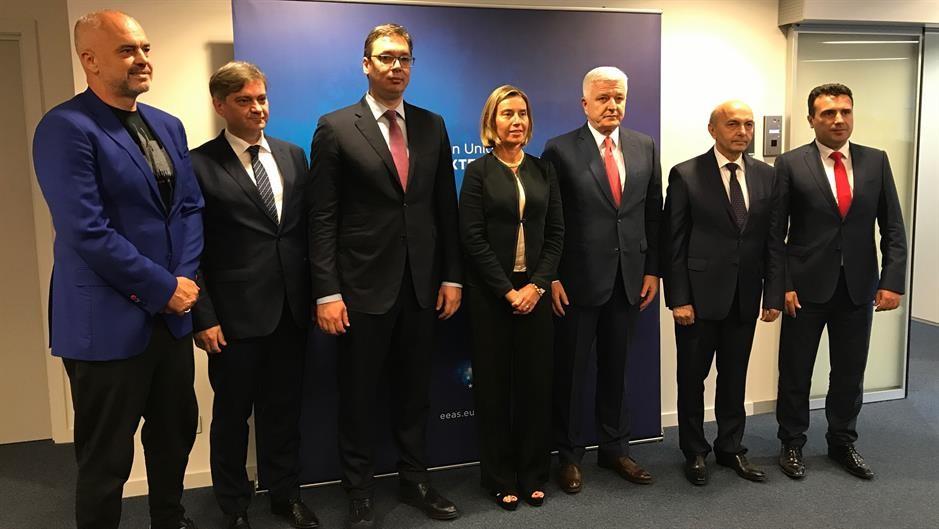 2018 КЛУЧНА ЗА ПРОЦЕСОТ НА ПРИСТАПУВАЊЕ ВО ЕУ  Лидерите од Балканот утре на неформална вечера