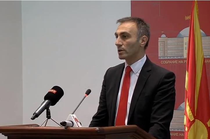 Груби  Со Законот за јазици се заокружи Охридскиот рамковен договор