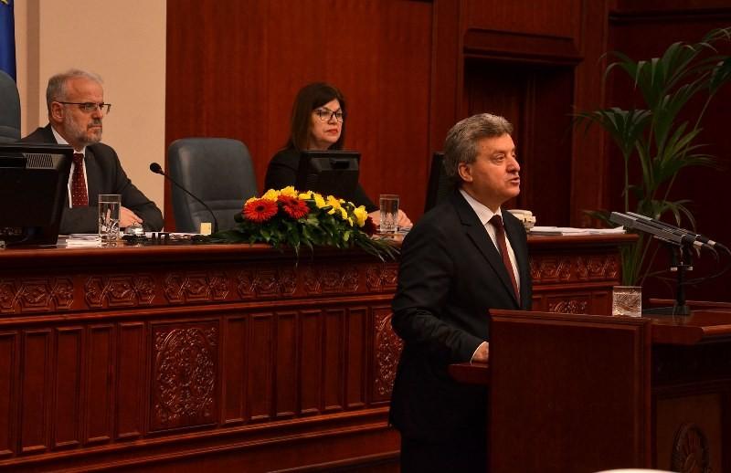 Законот за јазици е пред Иванов   Внимателно ќе решава за вето