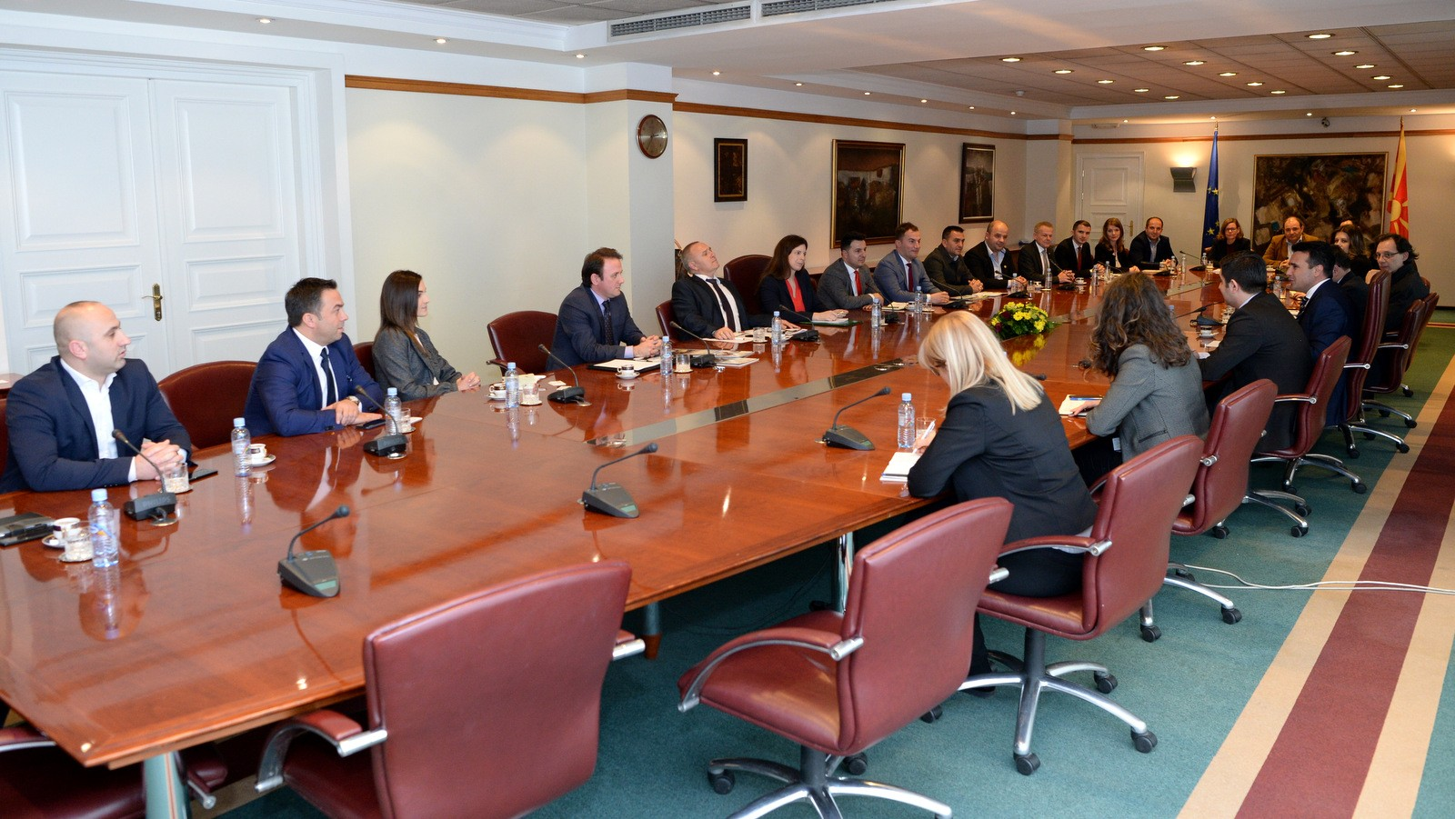 Заев со компании членки на Германската стопанска комора во Албанија  Искористете ги нашите економски потенцијали