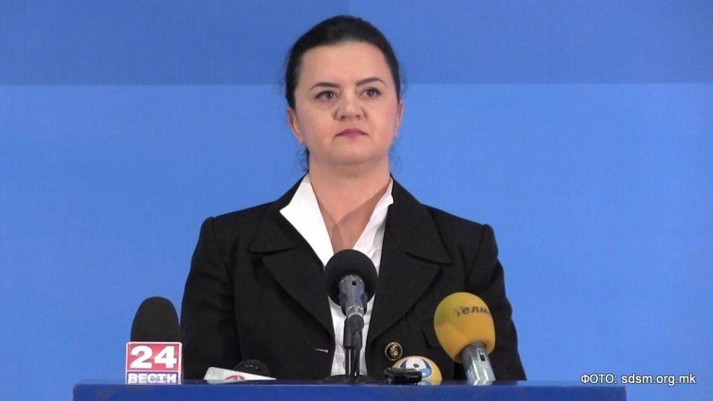 Ременски се закани со кривична за организаторите на протестот пред нејзиниот дом