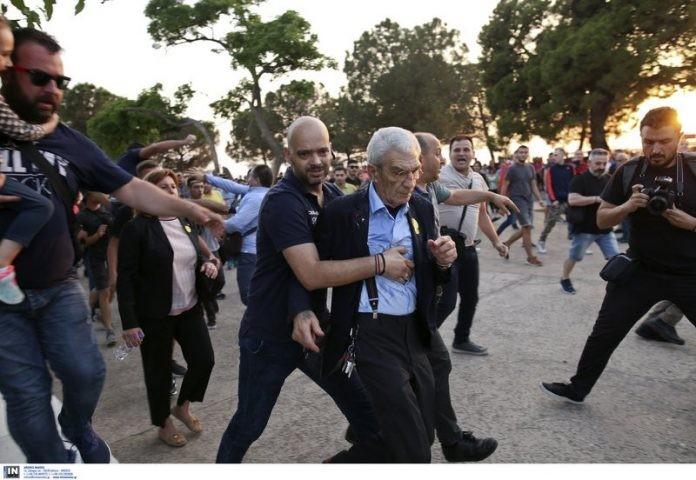 Бутарис нападнат и заради Македонија?
